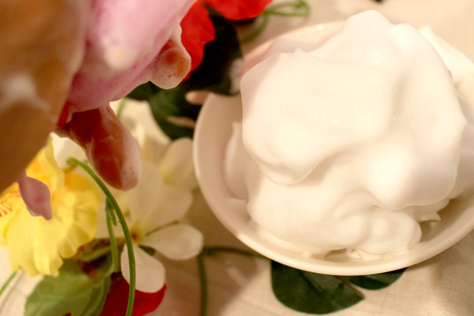 「美シーサー」のタップリの泡
